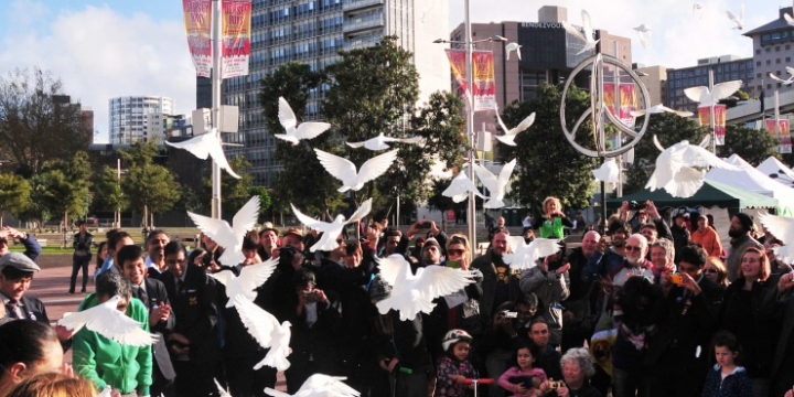SGI-NZ co-organises Auckland City for Peace Declaration and the Anniversary of NZ's Nuclear Free Legislation